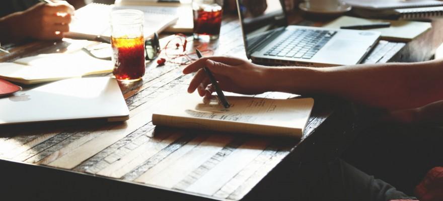 people-coffee-notes-tea-large